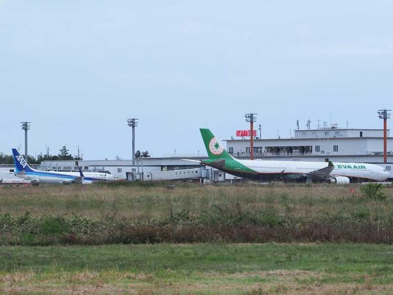エバー航空の旅客機(小松空港)