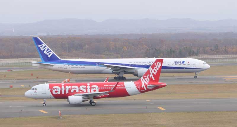 LCCとFSA(FSC)の旅客機